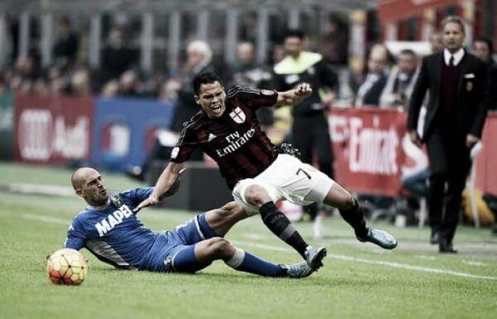 Em boa fase, Milan encara desfalcado Sassuolo pela Serie A