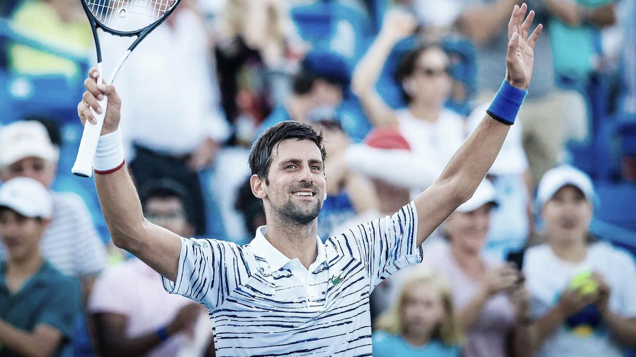 Djokovic vence Nishioka e sela vitória sérvia na Copa Davis