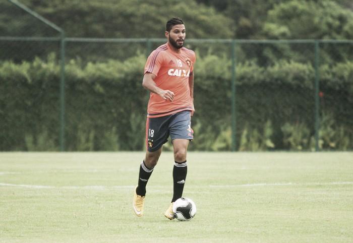 Henríquez segue vetado por lesão na coxa e desfalca Sport por mais duas semanas