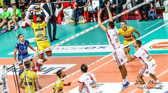 Volley M - Monsieur Magique Ngapeth trascina l'Azimut Modena alla vittoria a Resovia
