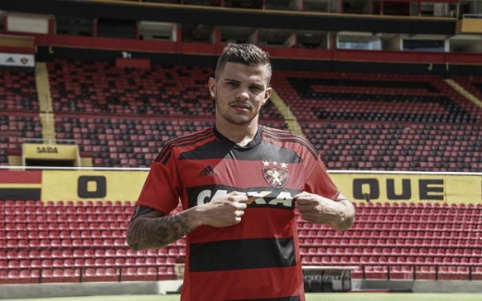 Sport oficializa empréstimo de lateral Auro junto ao São Paulo para sequência do Brasileirão