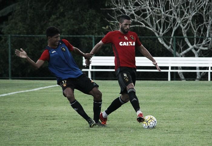 Oswaldo de Oliveira testa Rogério e saca Edmilson do time titular visando jogo contra Ponte Preta