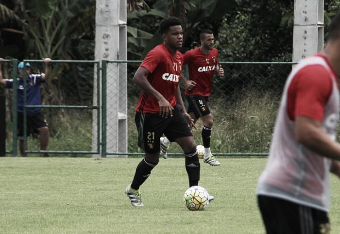 Oswaldo de Oliveira inicia trabalhos técnicos no Sport com retorno de Rodney Wallace