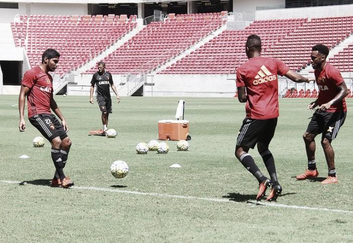 Sport encerra preparação para jogo contra Flamengo com Diego Souza poupado em treino secreto