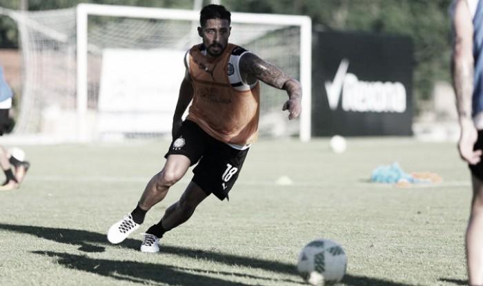 Rafael Acosta estará de baja con Olimpia