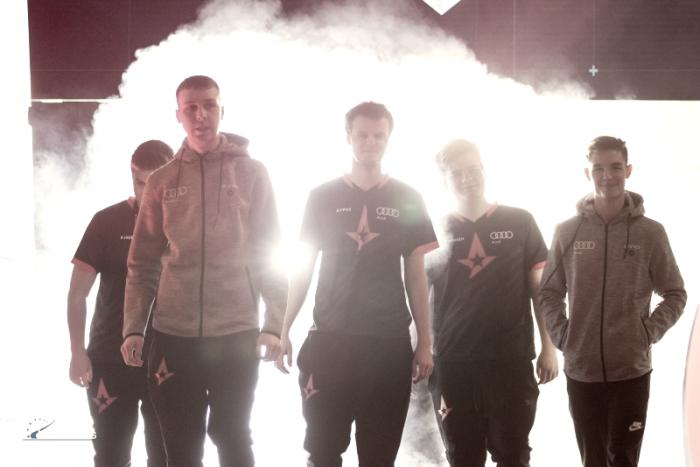 Astralis consegue virada em cima da Virtus.pro e é campeã mundial de Counter-Strike: Global Offensive