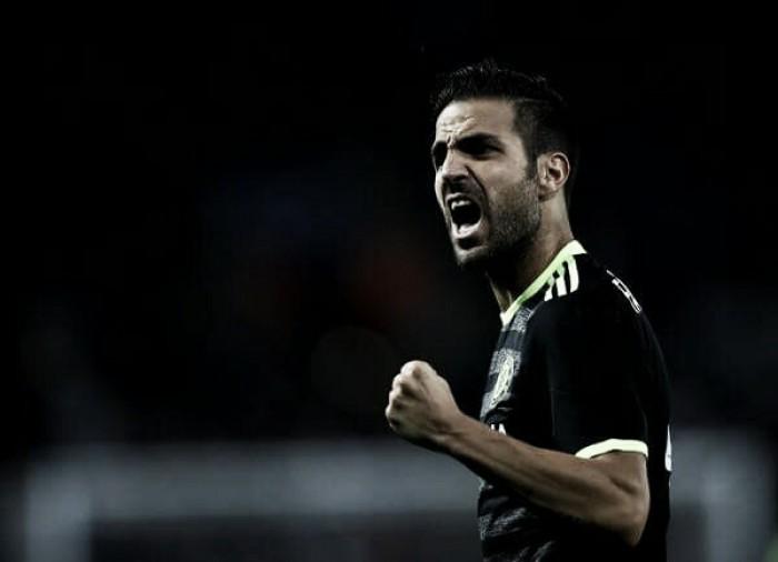 Conte deixa futuro de Fàbregas em aberto após especulações do jogador no Milan