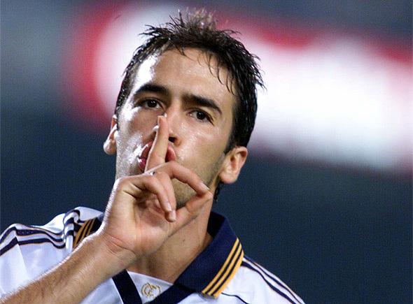 Rétro clásico : Raúl fait taire le Camp Nou