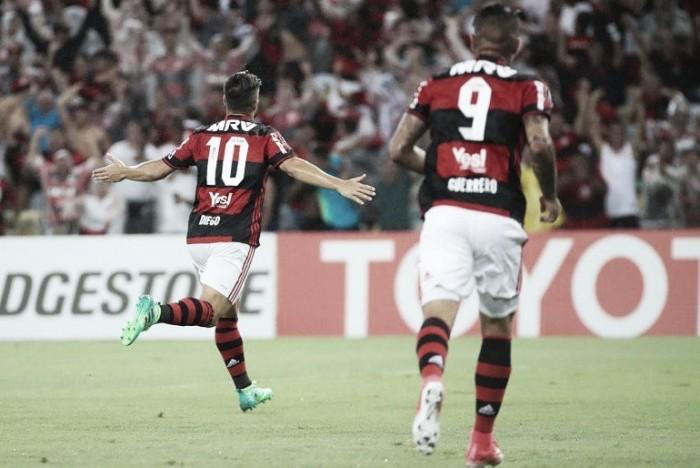 Flamengo divulga numeração oficial para 2018; Diego assume camisa 10 e Guerrero mantém 9