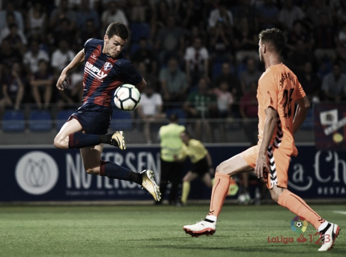 Ojeando al rival: SD Huesca, mantener el nivel