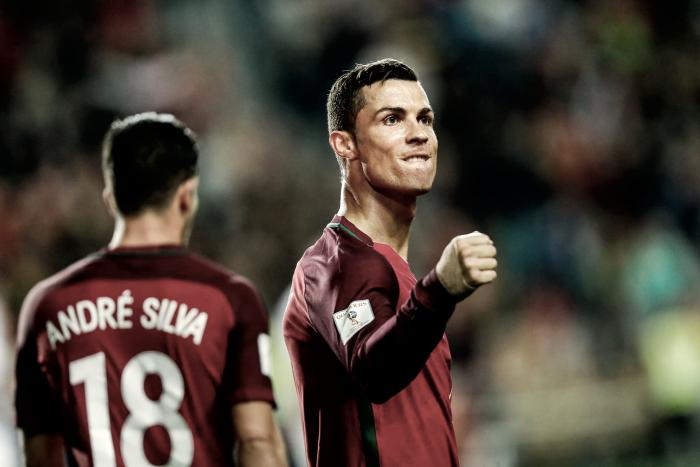 Oficial: Cristiano Ronaldo, Messi e Griezmann candidatos a melhor jogador do mundo