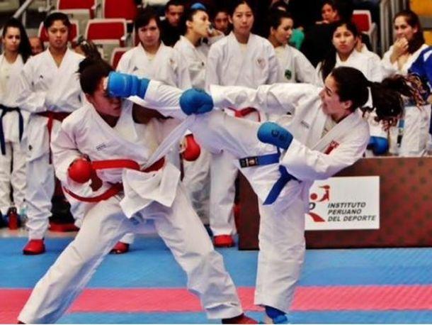 Toronto 2015: Alessandra Vindrola consigue doceava medalla para Perú