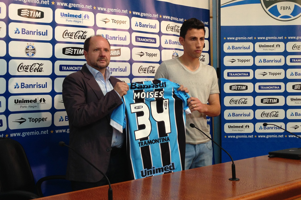 Grêmio apresenta o polivalente Moisés, ex-Juventude