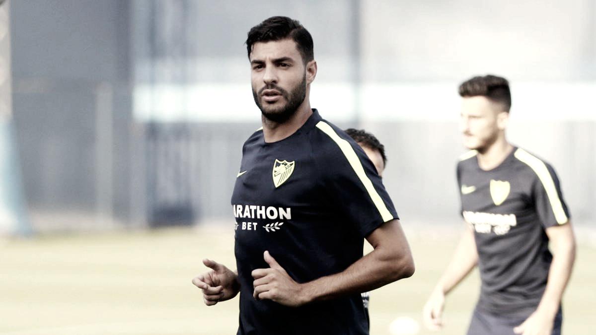 Miguel Torres desmiente los rumores sobre negociaciones con otros equipos