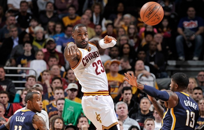 NBA Monday: Paul George fa visita al Re, Thunder a Sacramento