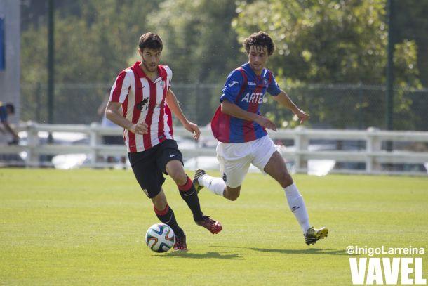 Néstor Salinas estrena su casillero goleador