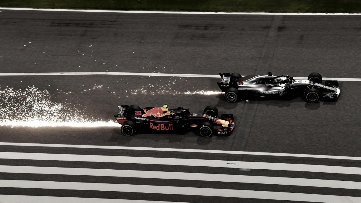 """Hamilton: """"Alonso con el Red Bull habría puntuado"""""""