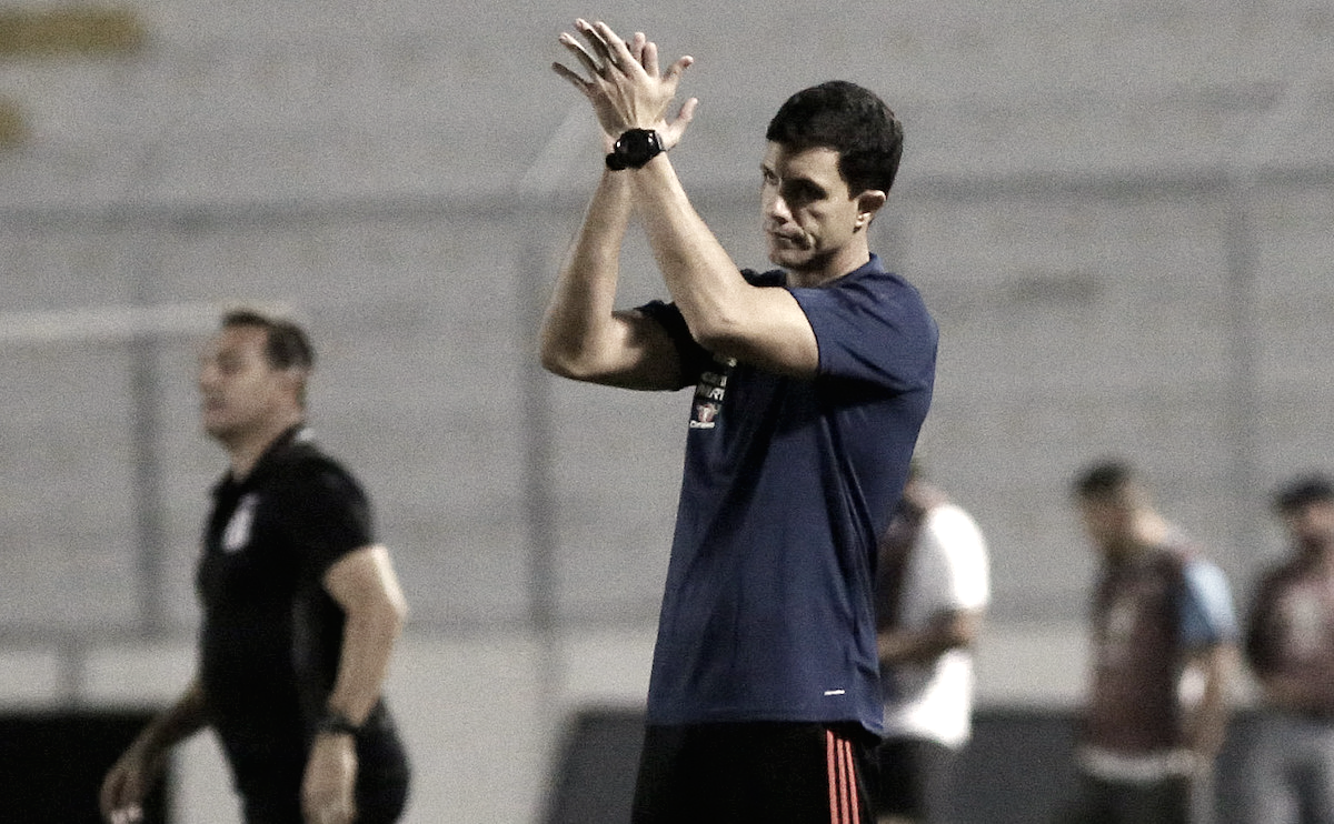 Barbieri valoriza vitória do Flamengo e espera contar com Guerrero contra Internacional