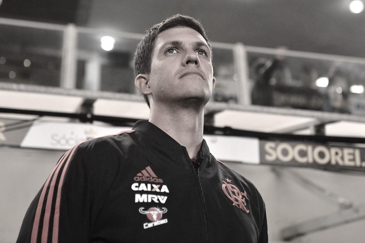 Barbieri relata xingamento de Chulapa, lamenta empate do Flamengo e não teme perda da liderança