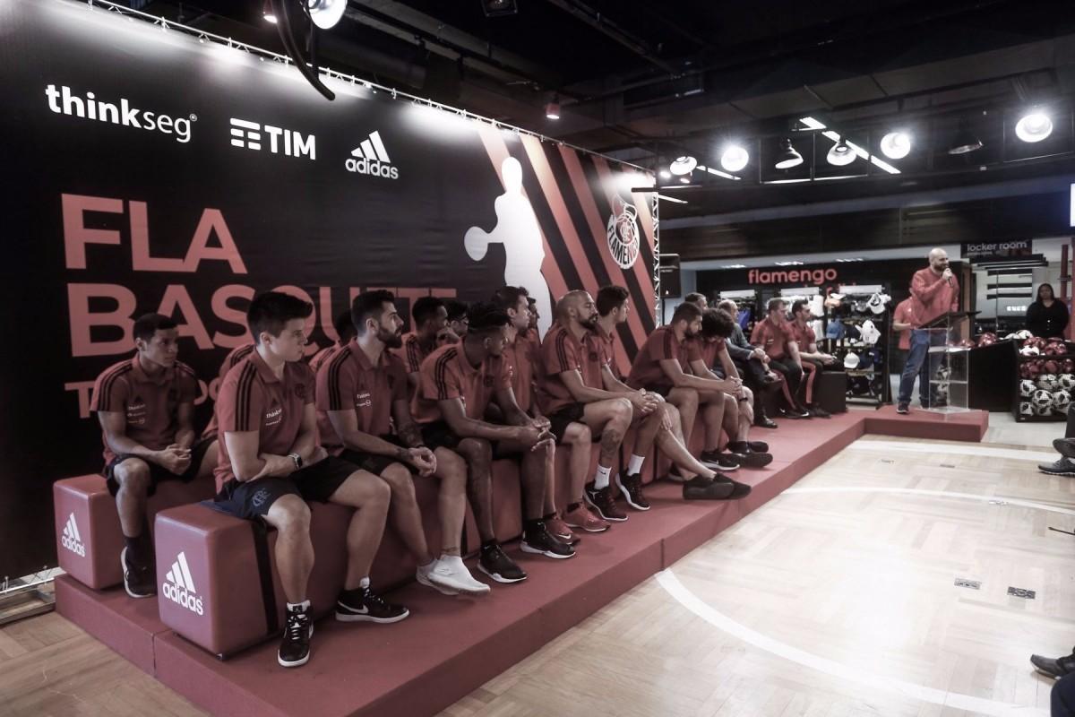Com novidades para a temporada, equipe de basquete do Flamengo é apresentada na Gávea