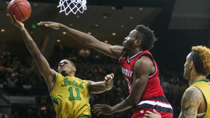 Notre Dame Fighting Irish Mounts Big Comeback Against Louisville Cardinals, Prevails 71-66
