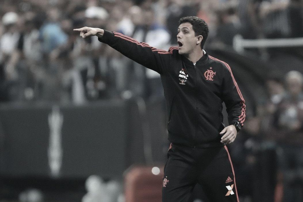 Barbieri não suporta pressão e é demitido do Flamengo após eliminação na Copa do Brasil