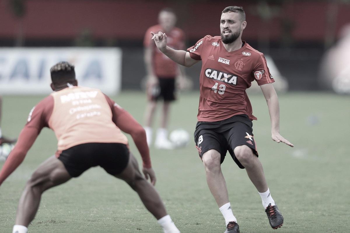 """Léo Duarte destaca atuações do Fla e sonha com título: """"Esperamos conquistar o Brasileirão"""""""