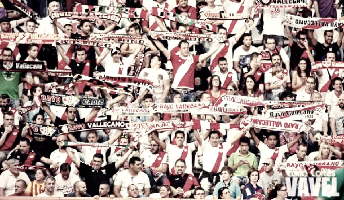 Los aficionados hicieron el tour del Estadio de Vallecas en las jornadas del rayismo