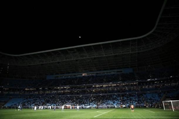 Em nota oficial, Arena do Grêmio se pronuncia sobre falta de luz em jogo contra o Cruzeiro