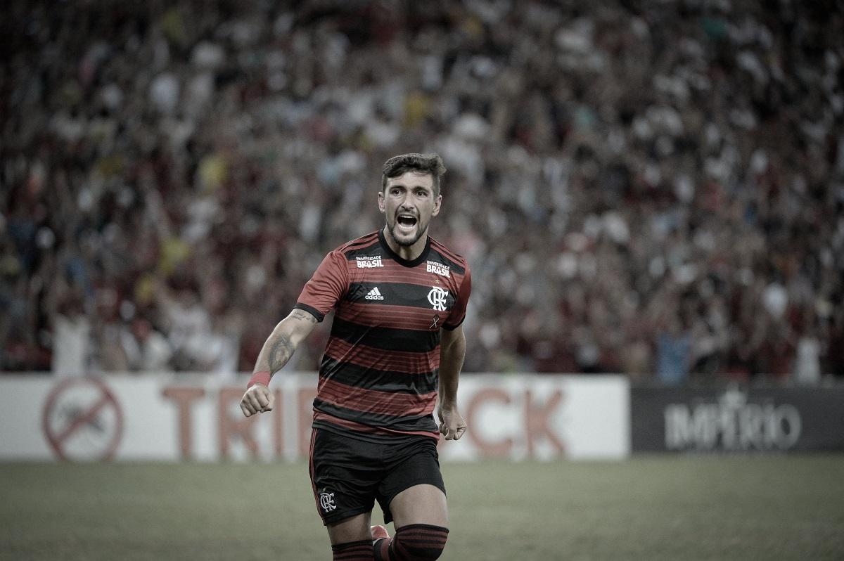 Análise: Flamengo, enfim, mostra que poderá contar com seu elenco na temporada