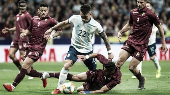 La Albiceleste perdió 3-1 ante la Vinotinto en Madrid
