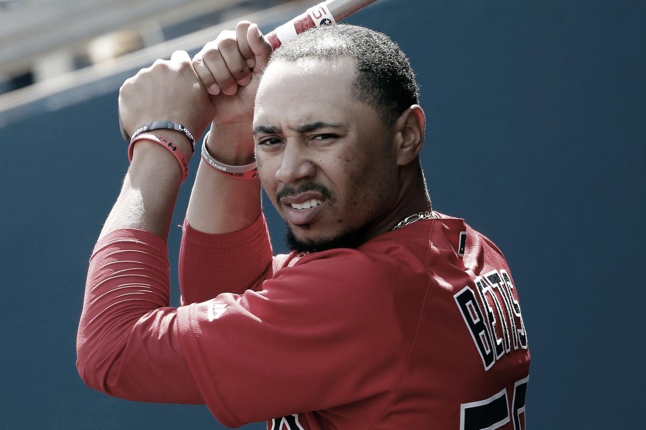 Mookie Betts da la cara tras el mal inicio de los Red Sox
