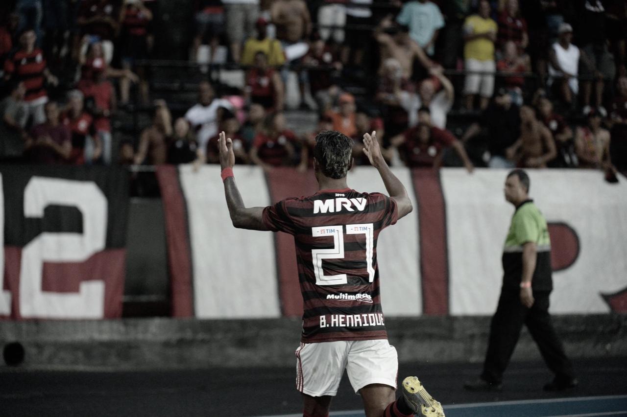Mister clássico: Bruno Henrique marca contra o Vasco e completa trinca de gols sobre os rivais