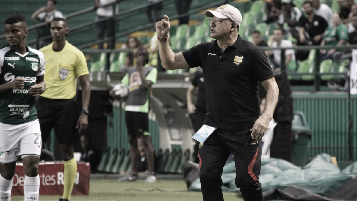 """Eduardo Cruz: """"Tenemos jugadores desequilibrantes y que cuando tienen la opción pueden ganar en el mano a mano"""""""