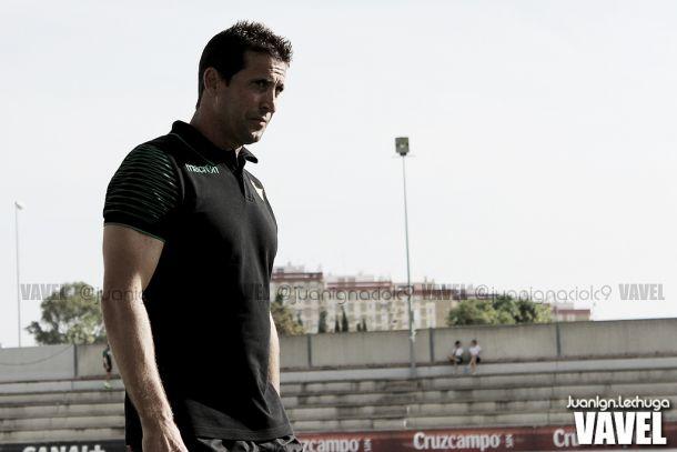 Juan Merino, entrenador del Real Betis de manera interina