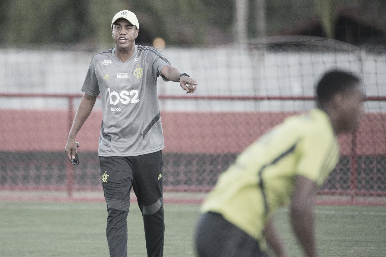 Interino no Fla, Marcelo Salles tem a chance de começar a reescrever sua história como treinador