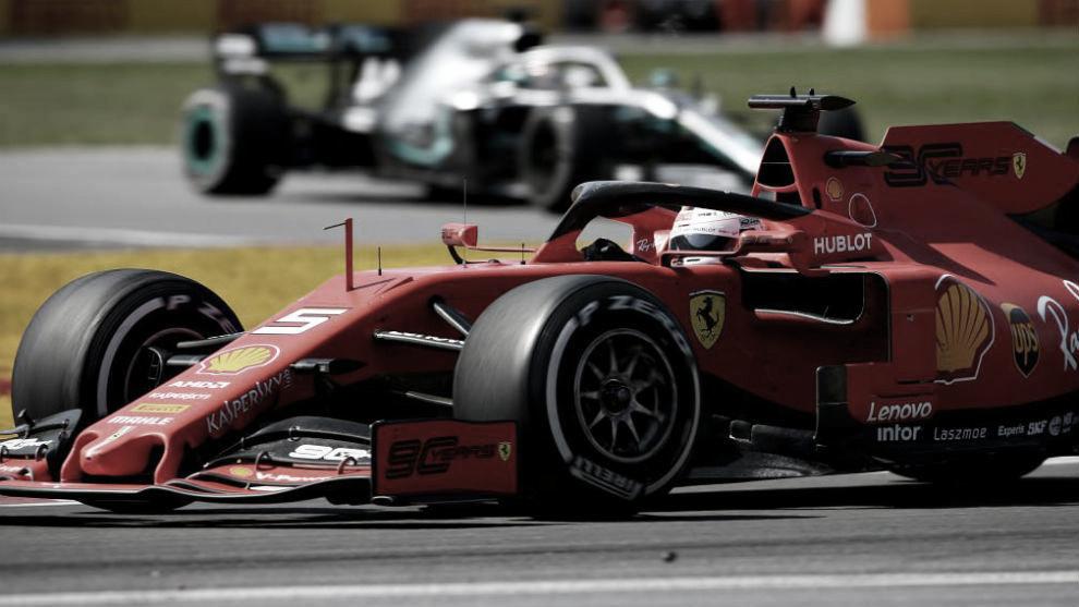Vettel ganó en pista, pero fue recargado
