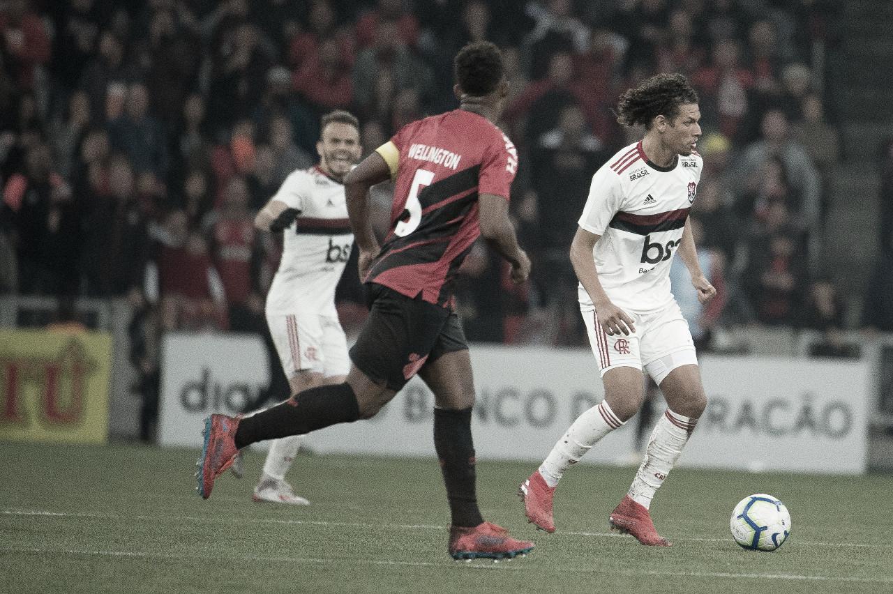 Flamengo e Athletico-PR duelam pela classificação à semifinal da Copa do Brasil