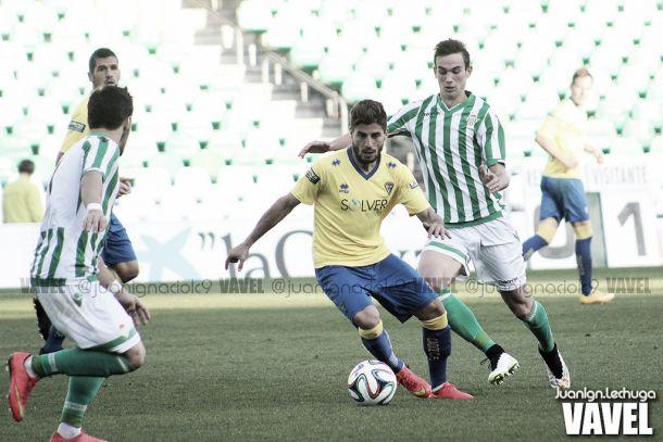 """Juanma Espinosa: """"El domingo vencimos a un rival complicado"""""""