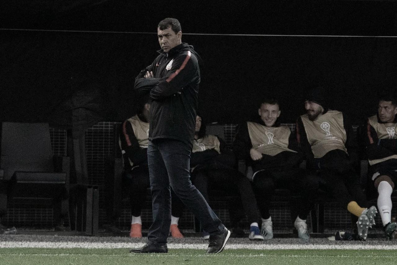 Carille admite que Corinthians ficou devendo em empate com o Fluminense