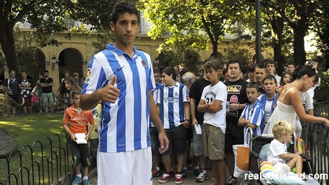 José Ángel, presentando entre los aficionados