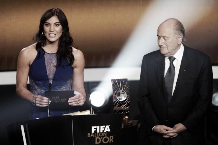 """Hope Solo acusa Joseph Blatter de assédio sexual em evento da Fifa: """"Ele me apalpou"""""""