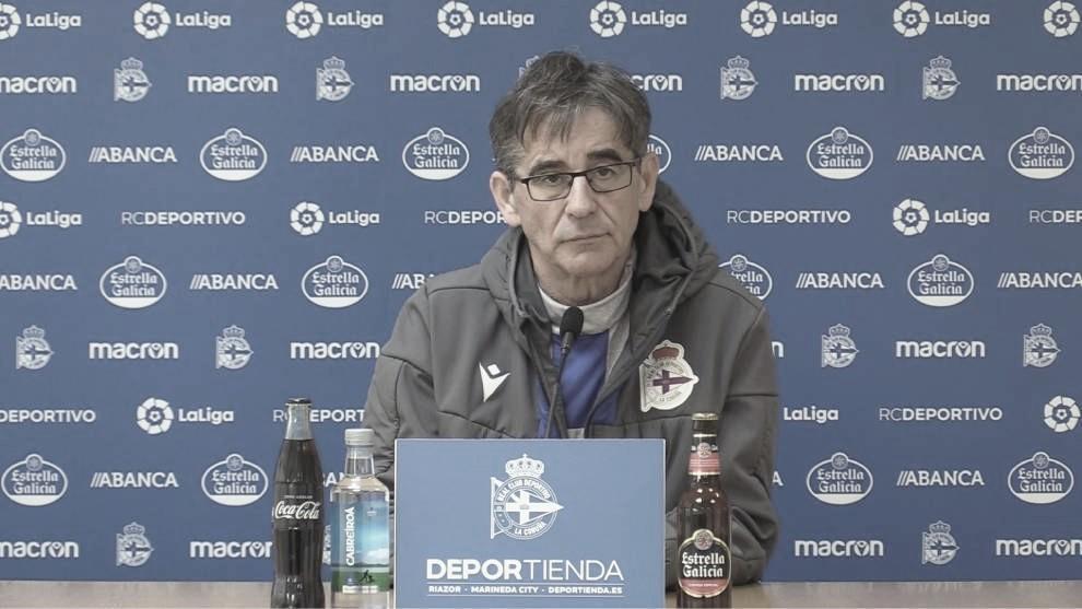 """Fernando Vázquez: """"Tenemos que trabajar para manejar mejor la presión que tiene el equipo"""""""