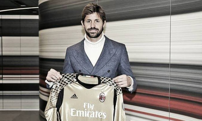 Milan empresta Gabriel ao Cagliari e recebe experiente Storari em troca
