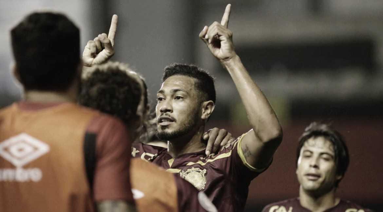 Após bater Fluminense, Jair Ventura repete que um jogo não tem apenas 45 minutos