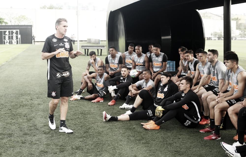 Após derrota e eliminação para Palmeiras, Corinthians demite Vagner Mancini