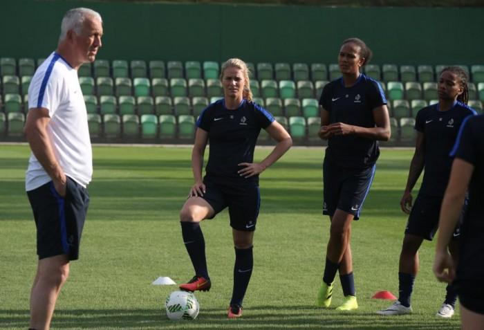 """""""Desfrutar o momento"""": França vem aos Jogos Olímpicos em busca de primeiro pódio no futebol feminino"""