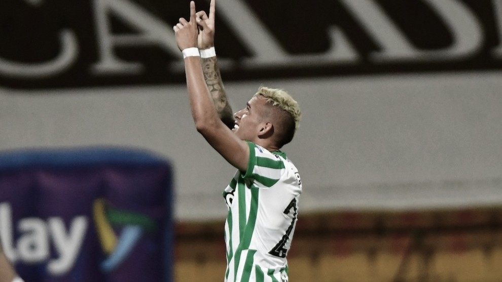 """Neyder Moreno: """"Gracias al profe y al club por esta segunda oportunidad"""""""