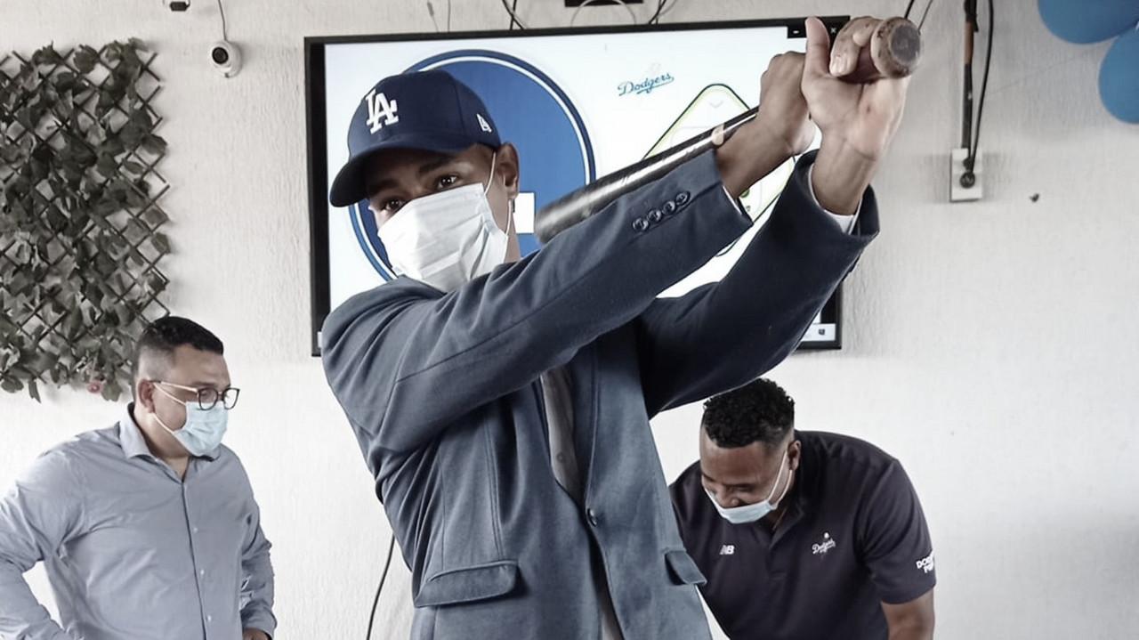 El colombo venezolano Isaac Barreto firmó el pasado 15 de enero con los Dodgers de Los Ángeles Foto: Cortesía Isaac Barreto