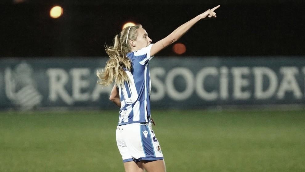 Maitane celebra el gol que abrió el marcador. Foto: Real Sociedad.